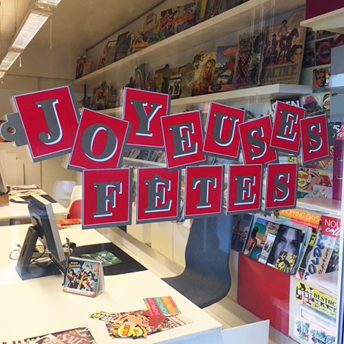 """Carton """"Joyeuses Fêtes"""" L96 H32 cm"""