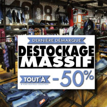 "Affiche "" DESTOCKAGE MASSIF 50%"" L100 H70 cm"