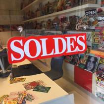 """Carton """"soldes"""" L46,5 H12 cm et 4 ventouses"""