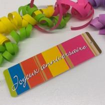"""Paquet de 50 étiquettes carton """"Joyeux Anniversaire"""" L149 H45 mm"""