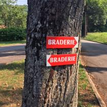 """Panneau  """"BRADERIE"""" L38 H12,5 cm"""